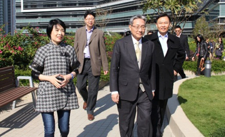 Hospital Authority Chairman visited North Lantau Hospital